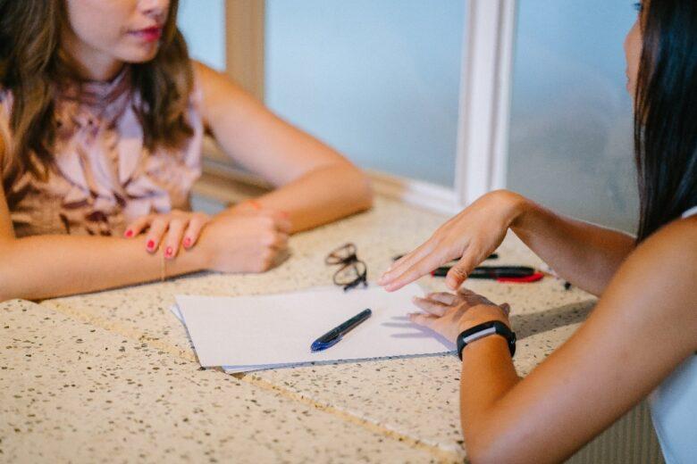 ネット集客型の結婚相談所のメリットとデメリット