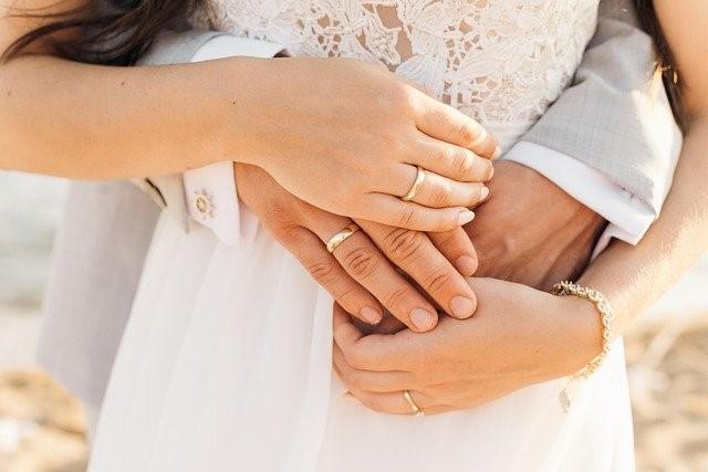 結婚相談所を経営した場合の収入は何がある?