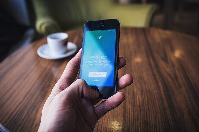 結婚相談所がTwitterを活用するメリットとデメリット